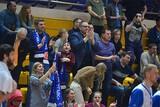 Решающую, третью, победу ревдинские баскетболисты одержали на площадке соперника, но при поддержке своих болельщиков, приехавших поддержать команду в Екатеринбург. После финальной сирены зрители аплодировали стоя. Поддержать ребят прибыл и президент клуба Багир Абдулазизов.